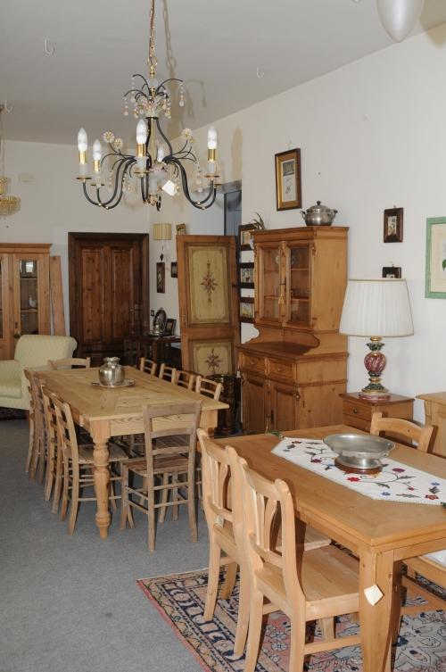 Restauro mobili vecchi - Restauro mobili impiallacciati ...